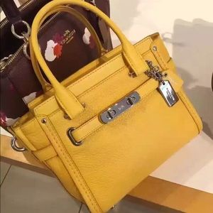 NWT Authentic Coach Swagger 21 Yellow Crossbody